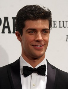 Italian Ballet star Roberto Bolle to receive UNESCO medal