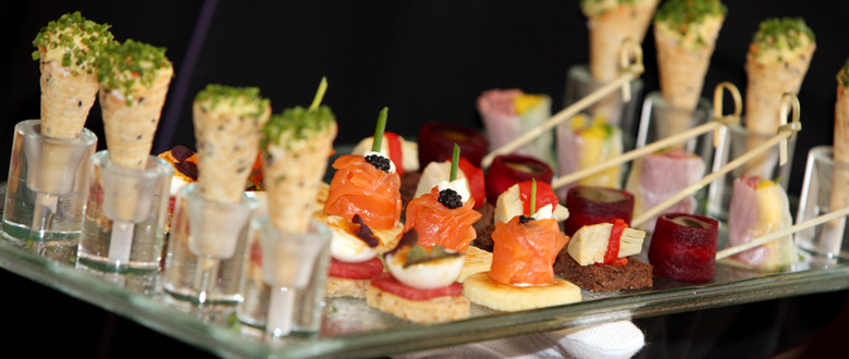 chl-wedding-canapes